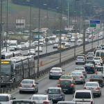 İstanbul akan trafikte direksiyon dersi